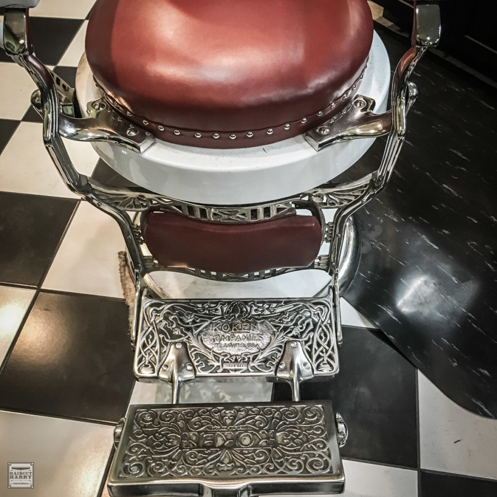 Red Barber Chair At Pappy's Barber Shop In San Diego